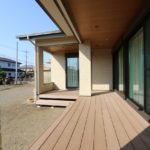平屋・ウッドデッキ・太陽光発電の家/栃木県小山市