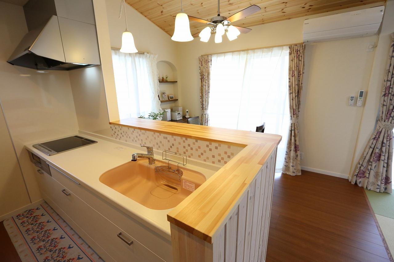 自然素材・小屋裏収納・総タイル張りの家/栃木県栃木市